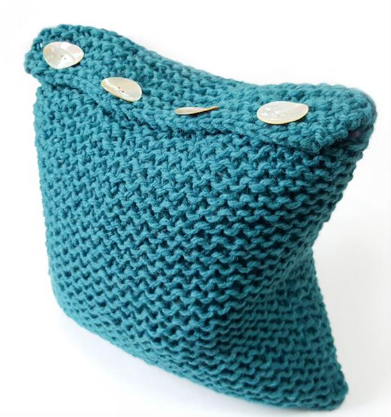 Simple Superchunky Cushion
